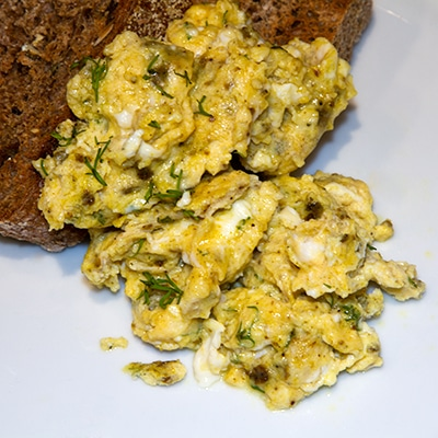 Saba scrambled egg with feta