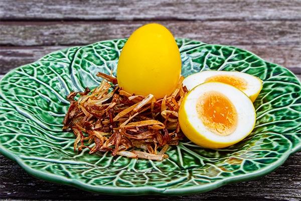 Turmeric Eggs